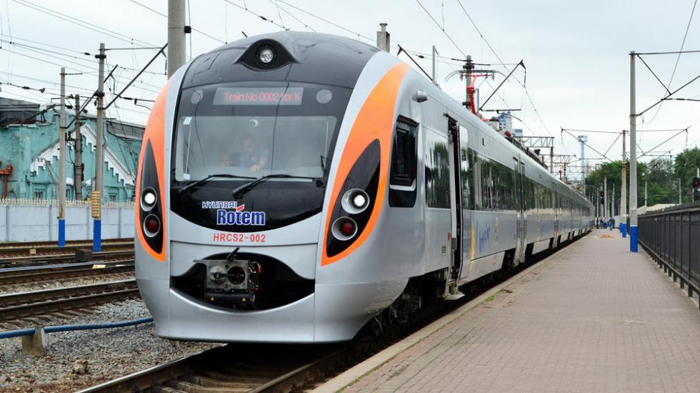 Новим потягом Київ-Перемишль вже скористалися 5 тис. пасажирів