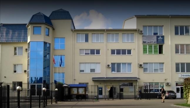 Польське консульство у Луцьку розстріляли з гранатомета