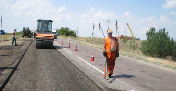 Володимир Кістіон закликав журналістів докладати міністерству про неякісний  ремонту доріг