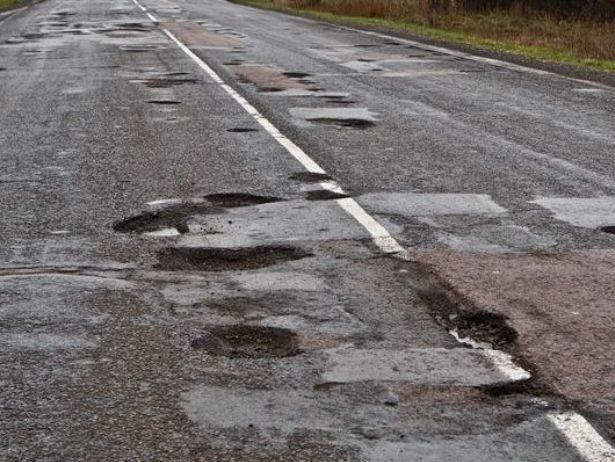 Волинь може залишитись без фінансування на ремонт доріг