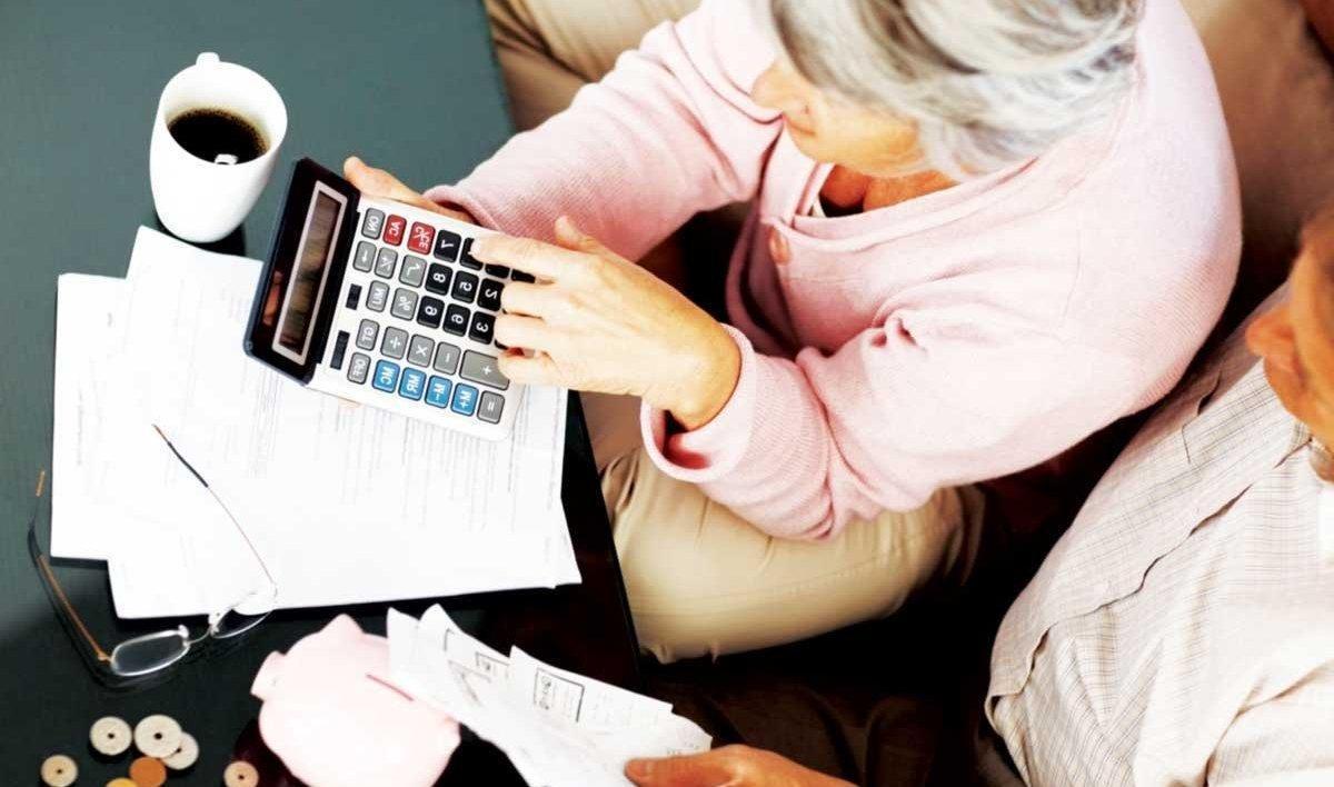 Гройсман: Перелік професій з правом дочасного виходу на пенсію буде розширений