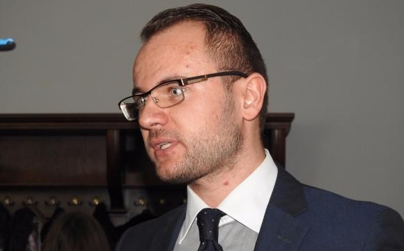 Догралися: Ігор Поліщук склав повноваження секретаря луцької міськради