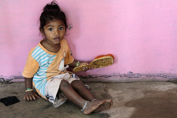 Індійський суд заборонив робити аборт 10-річній зґвалтованій дівчинці