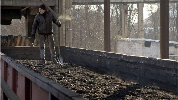 Міненерговугілля: Запасів вугілля вдосталь для тепла у кожній українській домівці