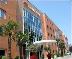 228 туристів замовили номери в італійському готелі по ціні 1 євроцент за ніч