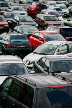 Чи варто сьогодні купувати автомобіль