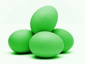 В Росії кури почали нести зелені яйця