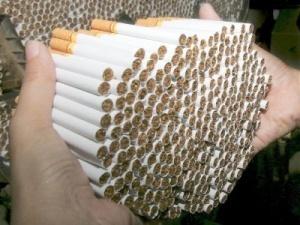 Поляк переобладнав авто для незаконного перевезення цигарок