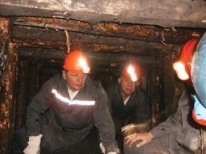 Нововолинським шахтарям дали гроші