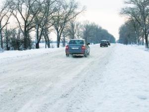 Через погоду дороги Західної України небезпечні для руху, – Мінтранс
