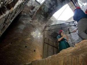 """Археологи відкопали у Римі вітальню Нерона, яка """"обертається"""""""