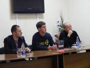 На Волині презентували книгу про «ОУН: бандерівці (фрагменти історії та боротьби)»