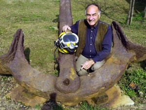 70-річний німець знайшов судно   зі скарбами династії Мін