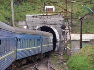 Наркотики на Волинь намагались переправити потягом