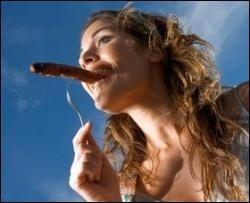 Радіорекламу сосисок заборонили за сексуальний підтекст